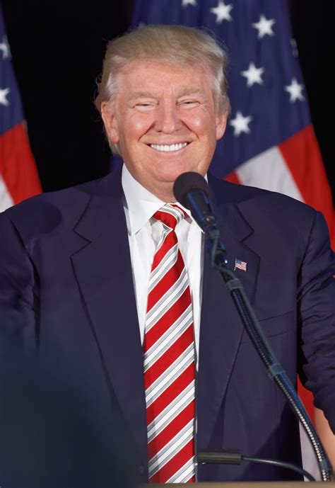 File:Donald Trump at Aston, PA September 14th (Cropped) 1 ...