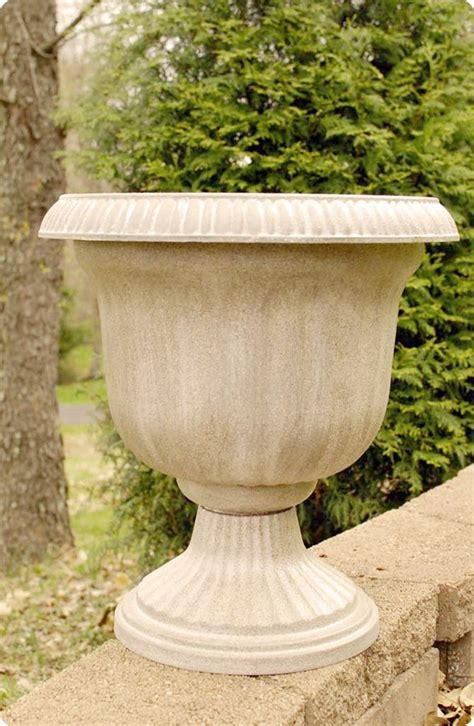 inexpensive planters - 28 images - inexpensive concrete ...