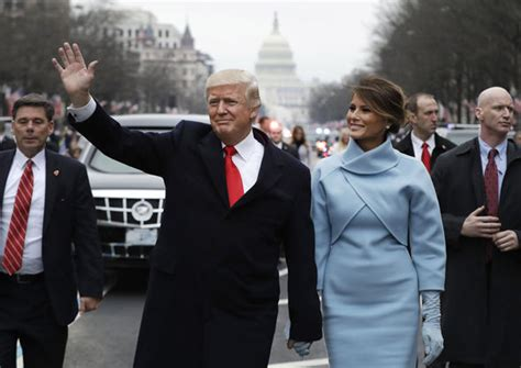 Melania Trump news: First Lady ignores Donald Trump in ...